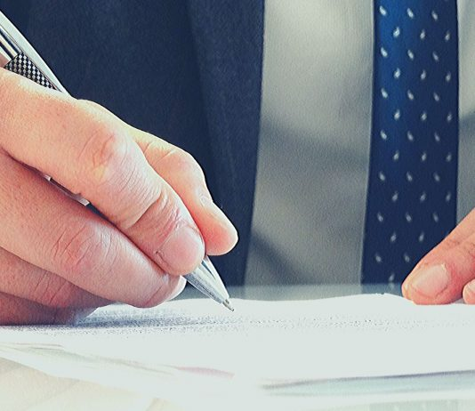 Signing a Proforma Invoice